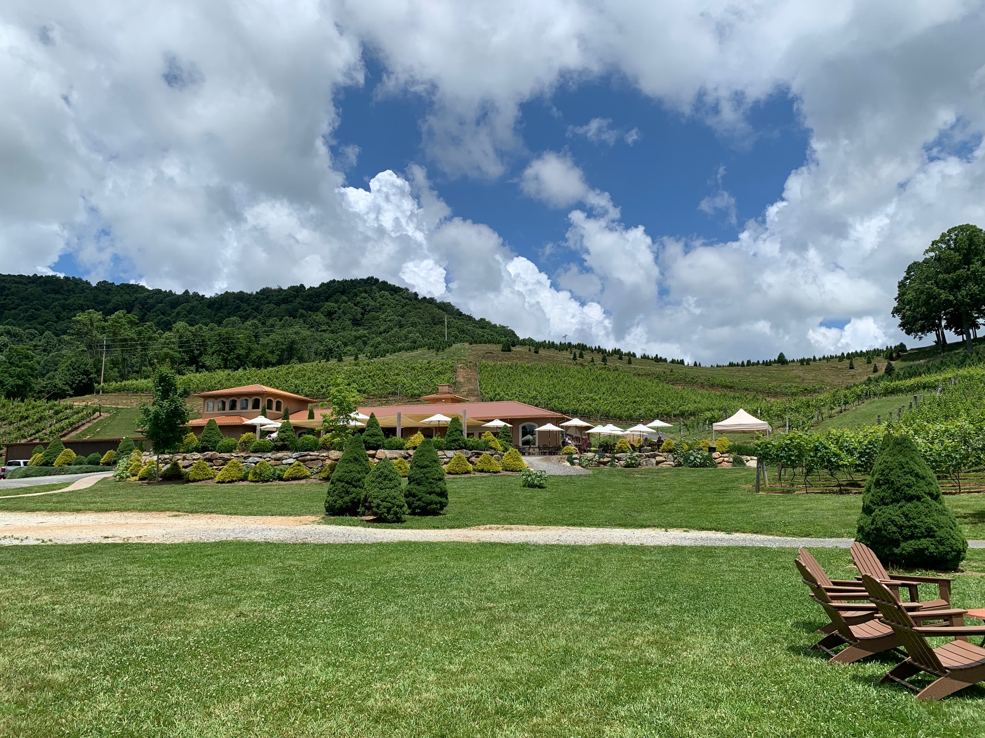 View of Linville Falls Winery patio and lawn